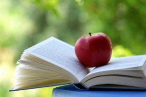 Картинка Книга и яблоко